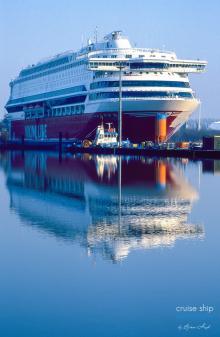 Meyer-Werft-Silja-Europa-Viking-Line-Dock-