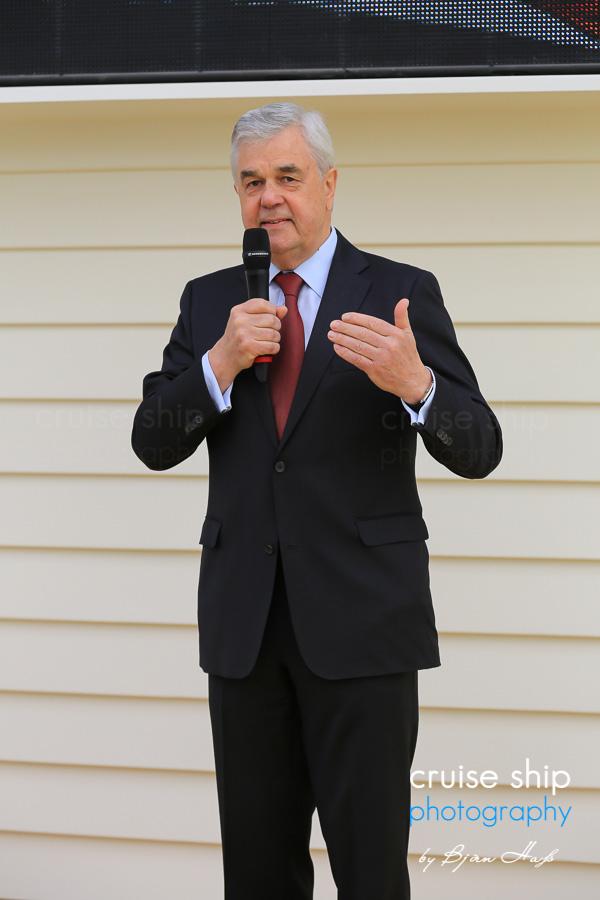 AIDAprima Wirtschaftssenator Frank Horch