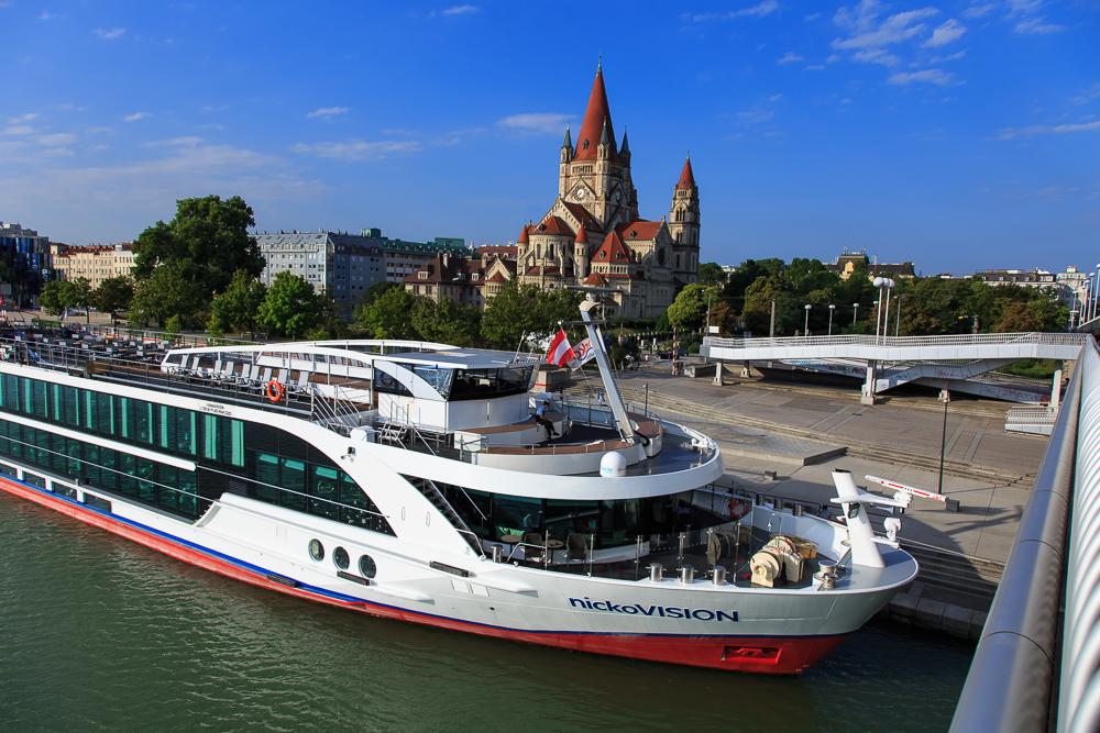 Modern und flexibel: Mit dem Flusskreuzfahrtschiff nickoVision auf der Donau 2