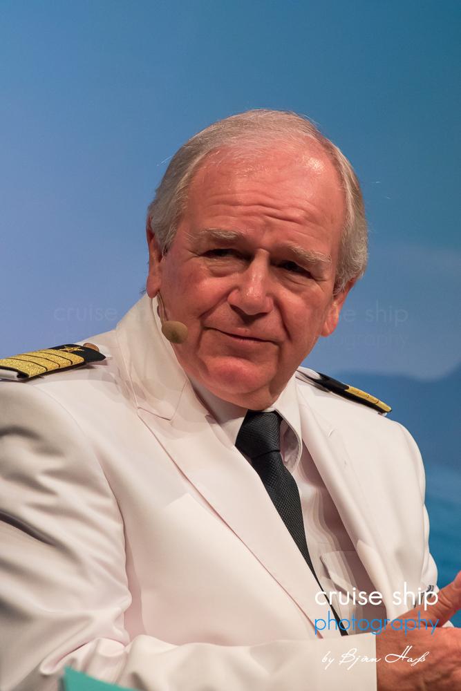 Mein Schiff 5 Kapitän Kjell Holm