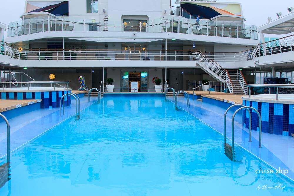 Erstmals in Hamburg: Neue Mein Schiff 2 läuft Hansestadt an 35