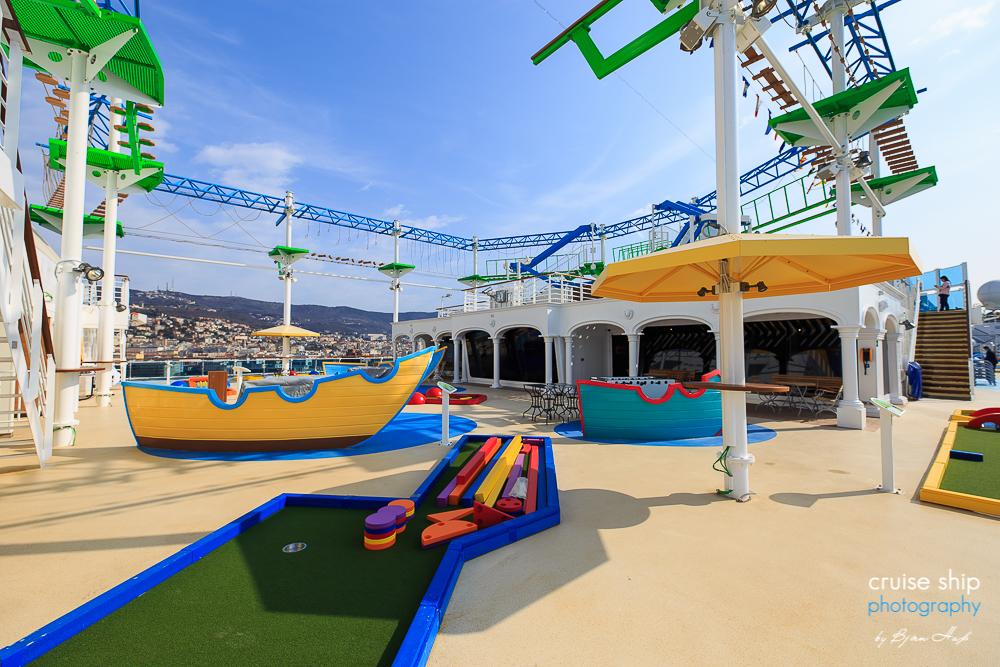 Costa Venezia – Ein Kreuzfahrtschiff bringt italienisches Flair nach China 13