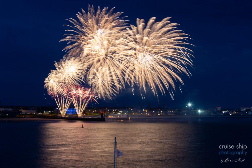 Feuerwerk bei der Taufe der Vasco da Gama