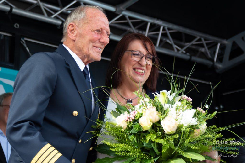 Kaitän Jens thorn und Taufpatin Petra Kaiser