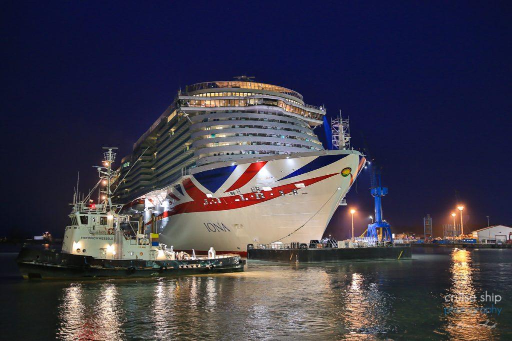 Auch ich habe mich heute dazu entschlossen aufgrund der aktuellen Lage die Schiffsüberführung nicht fotografisch zu begleiten.