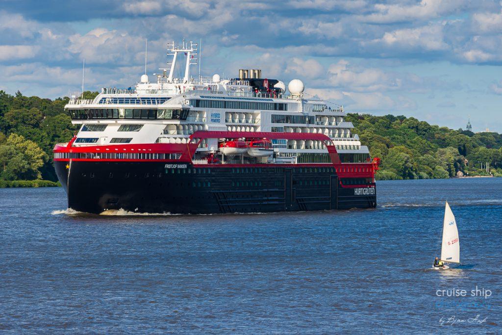 Erfolgreicher Hurtigruten Neustart ab Hamburg mit MS Fridtjof Nansen 1
