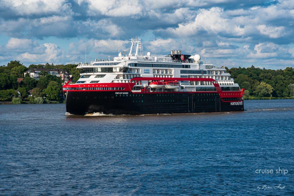 Erfolgreicher Hurtigruten Neustart ab Hamburg mit MS Fridtjof Nansen 3