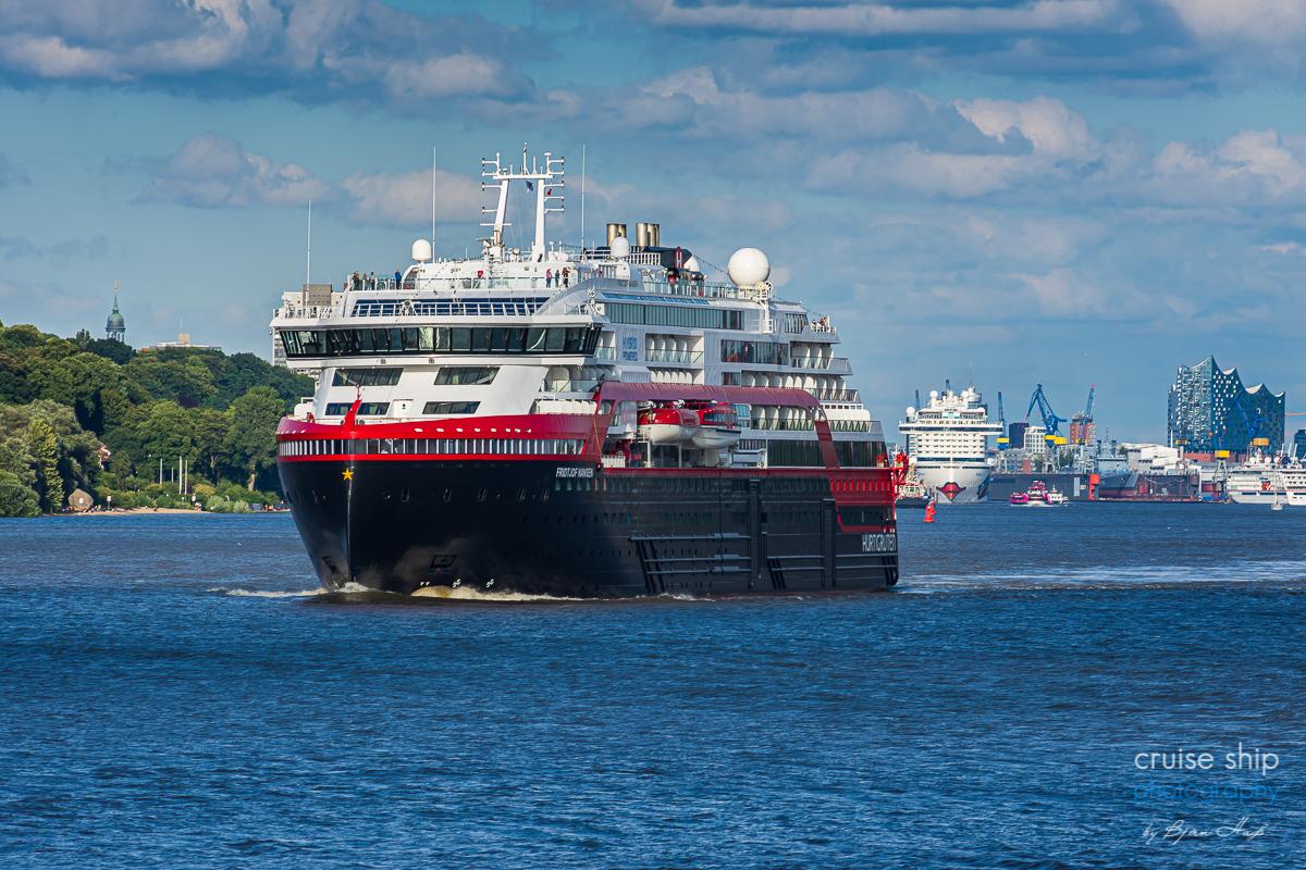 Erfolgreicher Hurtigruten Neustart ab Hamburg mit MS Fridtjof Nansen