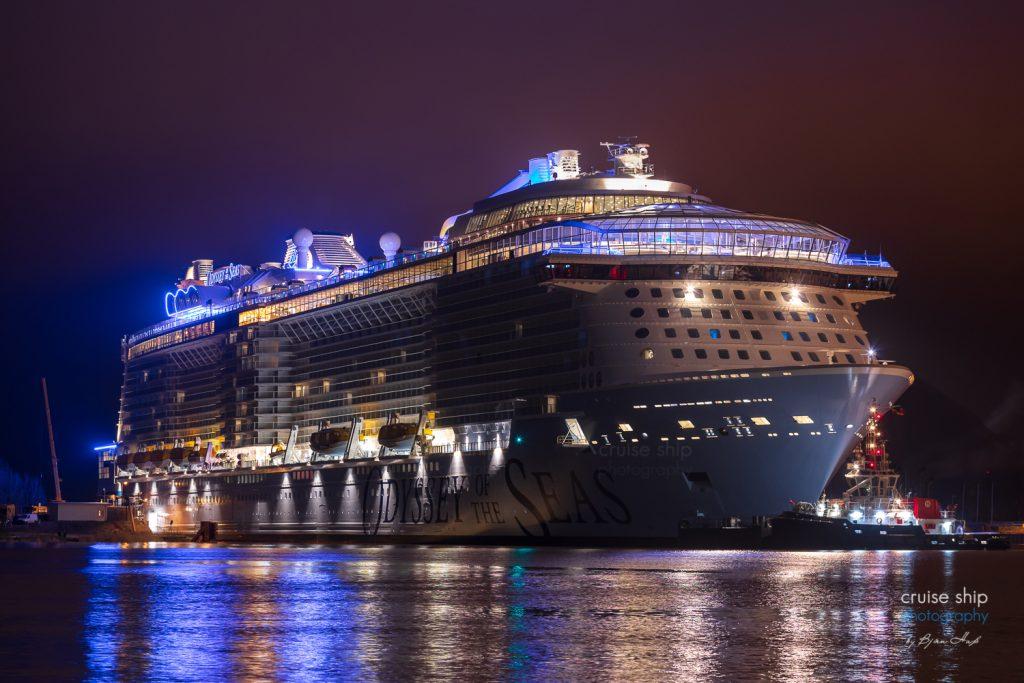 Odyssey of the Seas beginnt Emsüberführung 1