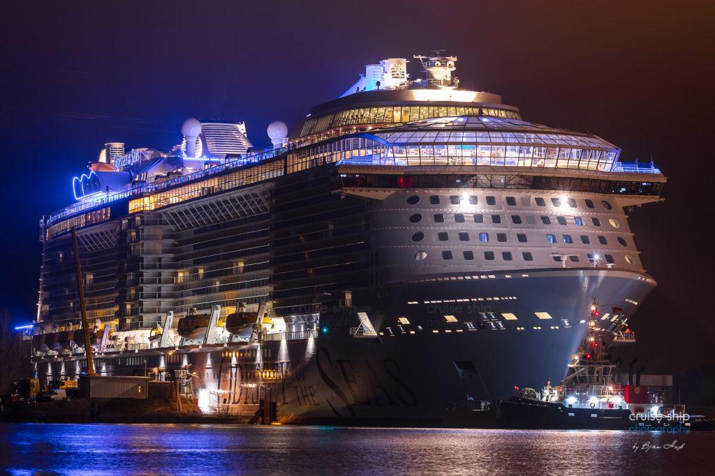 Odyssey of the Seas beginnt Emsüberführung 2