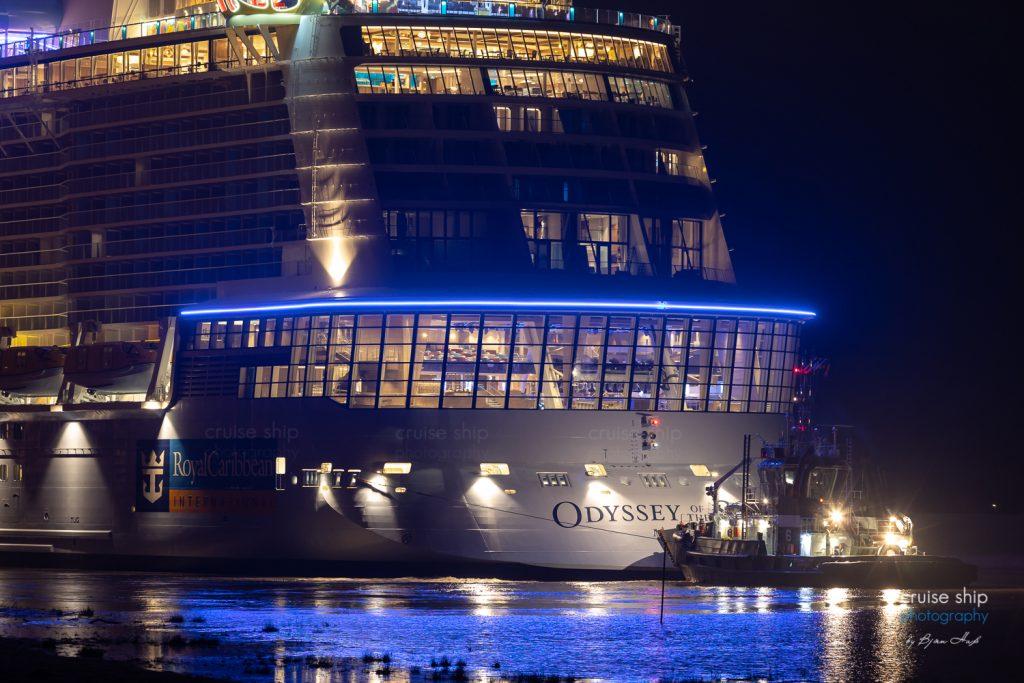 Odyssey of the Seas beginnt Emsüberführung 3