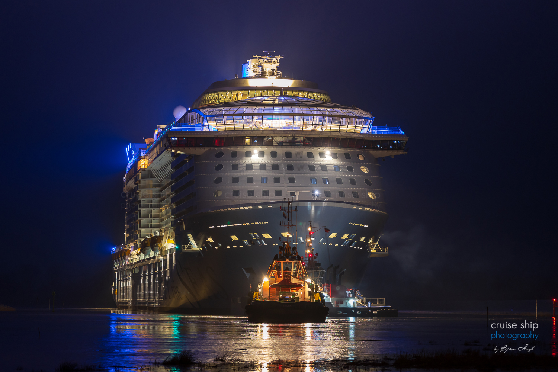 Read more about the article Odyssey of the Seas beginnt Emsüberführung