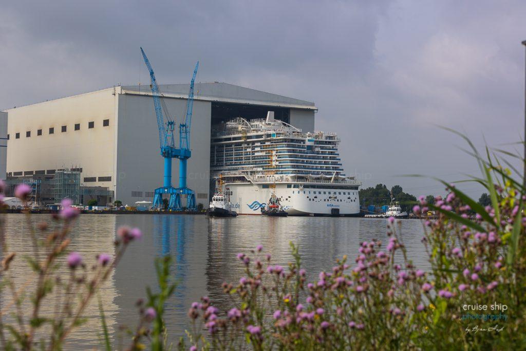AIDAcosma Ausdocken Meyer Werft